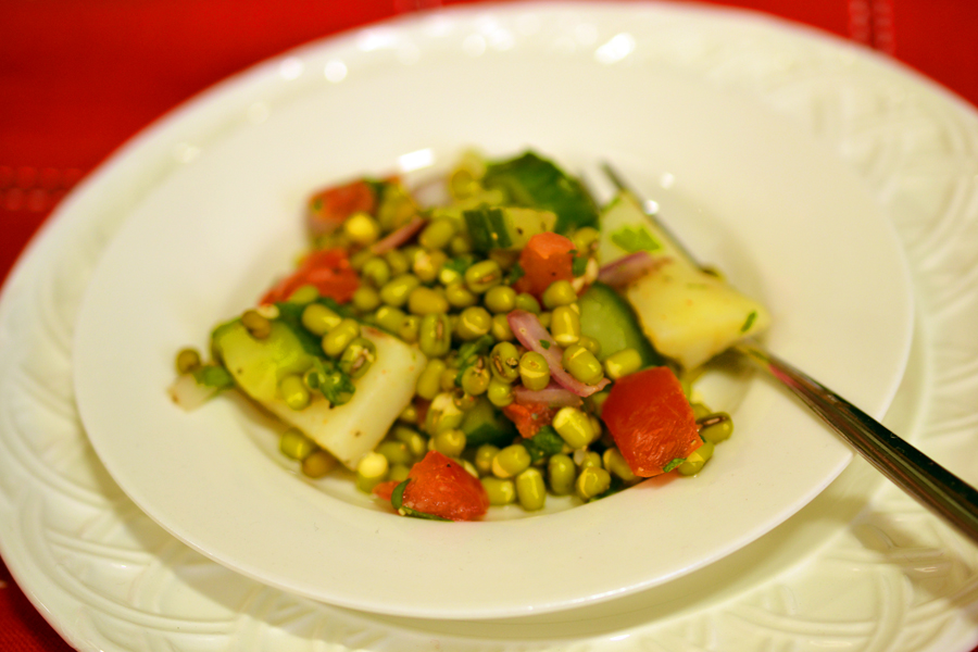 The Bengali Gourmet: sprouted mung bean salad